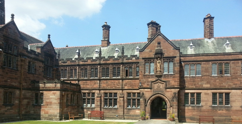 http://gentlereaders.uk/pics/gladstones-library